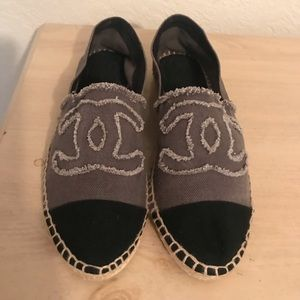 CHANEL TWO TONE ESPADRILLES WITH SIGNATURE LOGO 10